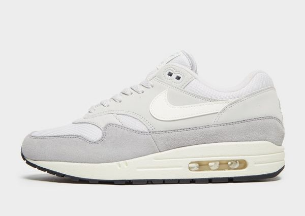 reputable site 5a56e 70f7b Nike Air Max 1 Essential Miehet