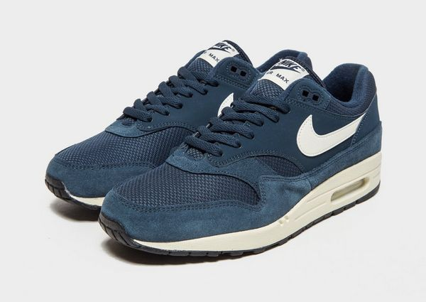 innovative design 0529e 51692 Nike Air Max 1 Essential
