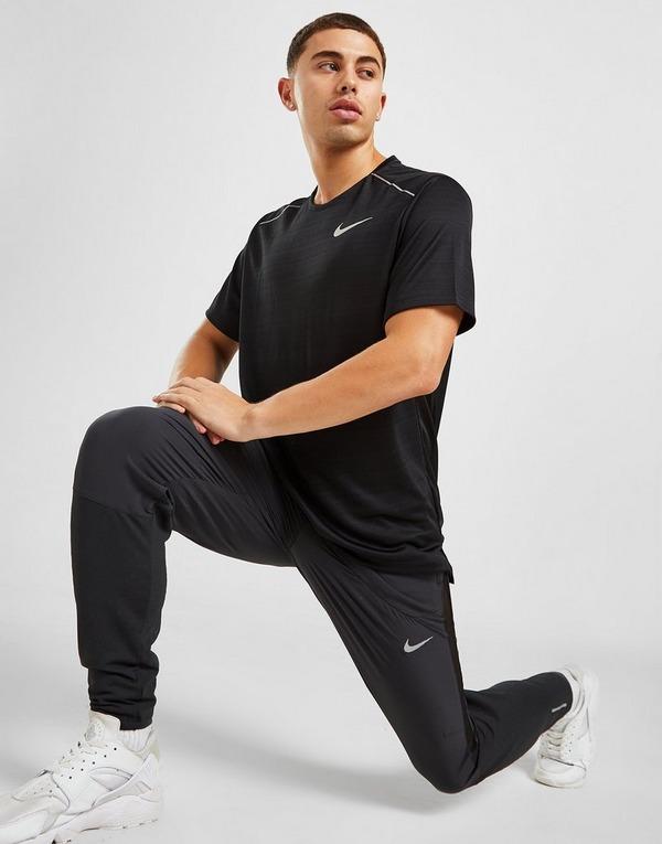 Køb Nike Miler Short Sleeve T Shirt Herre i Sort | JD Sports
