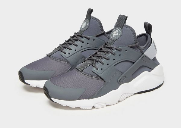 super popular d1bfb 117f6 Nike Air Huarache Ultra