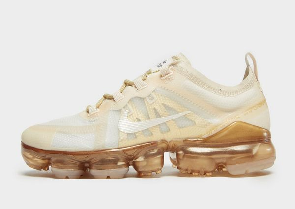 858746f039a Nike Air VaporMax 2019 Women s