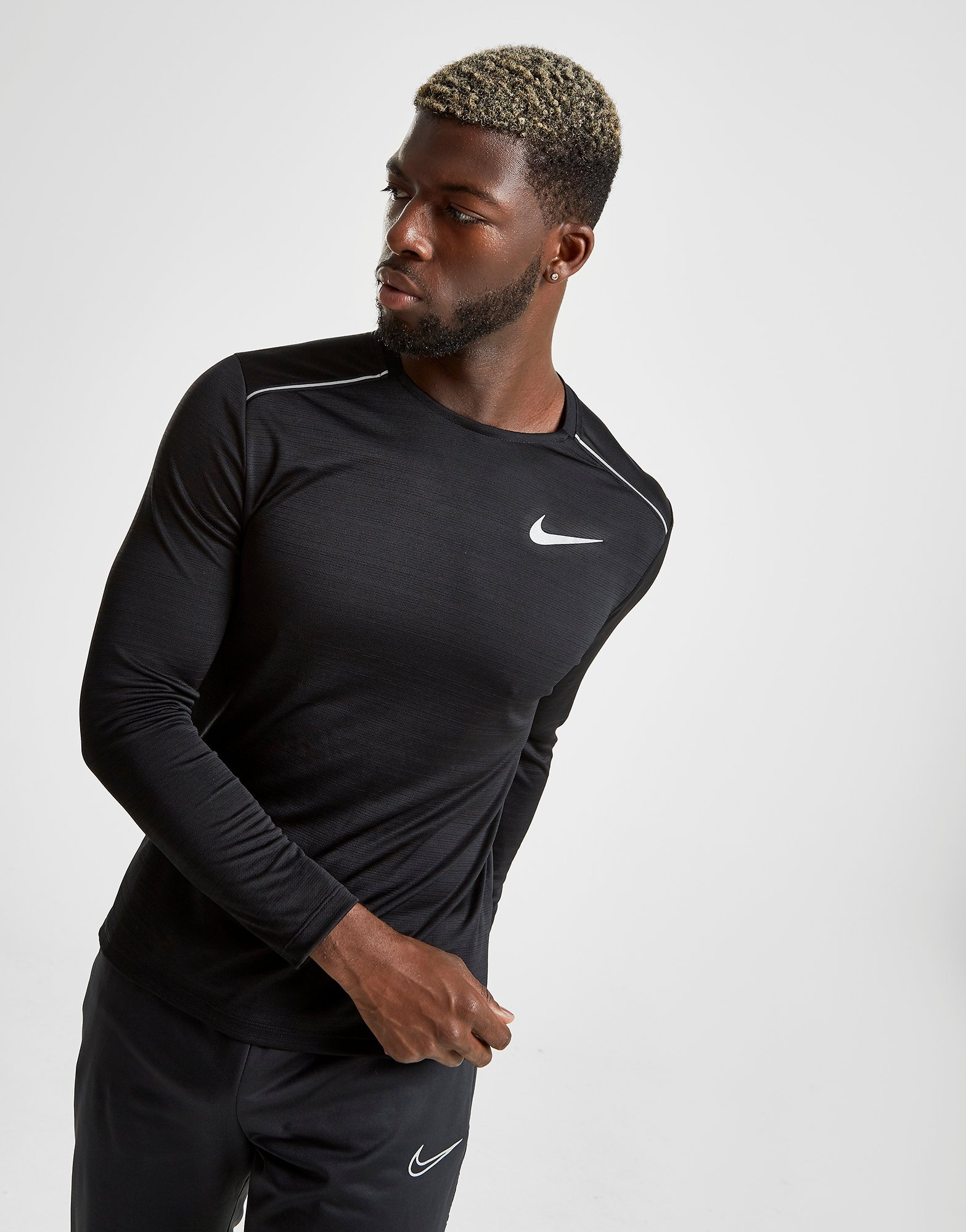 Nike camiseta de manga larga Dri FIT Miler | JD Sports