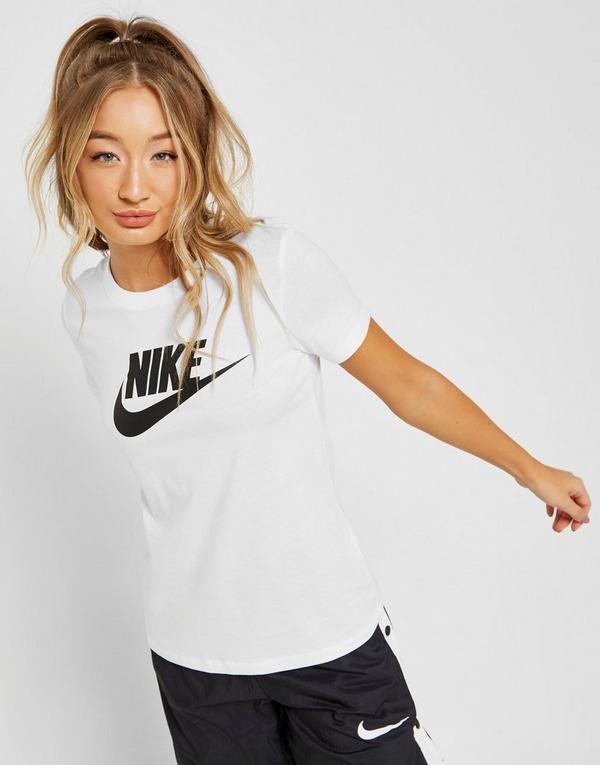 Nike Essential Futura T-Paita Naiset