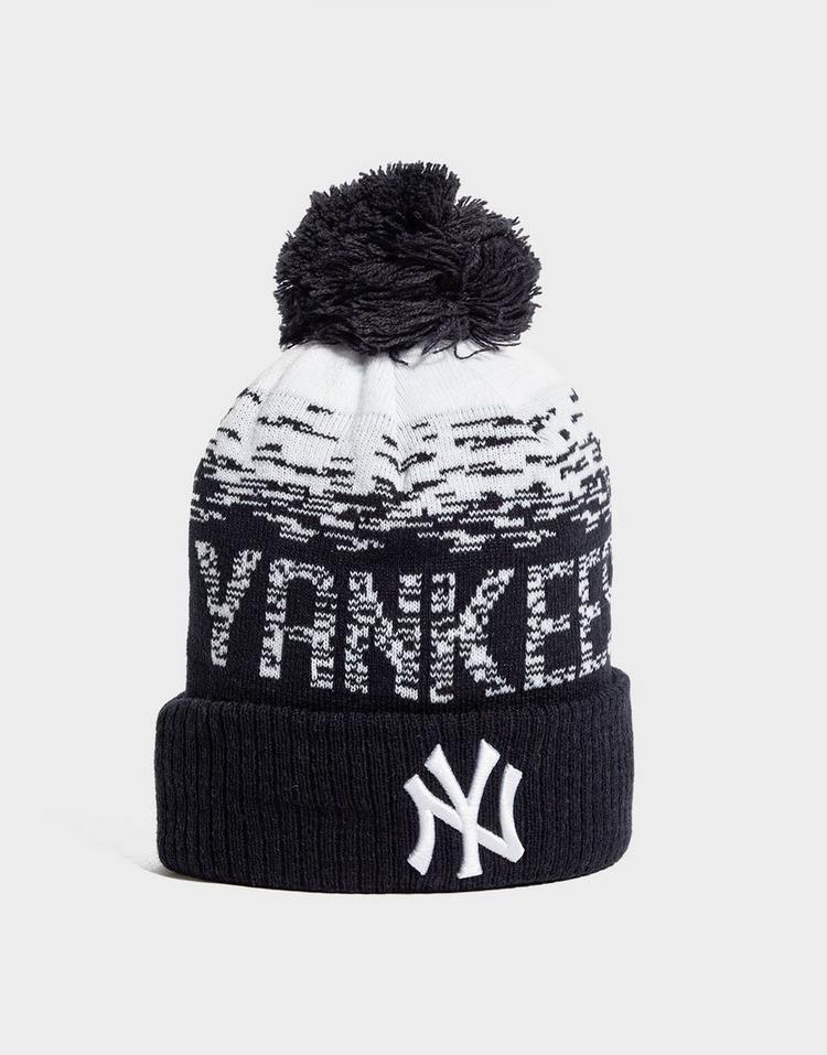 New Era MLB Sideline New York Yankees Pom Beanie
