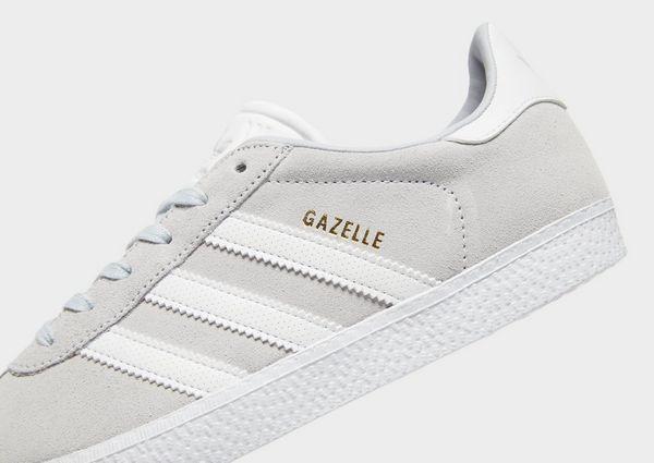 adidas light grey gazelle trainers junior