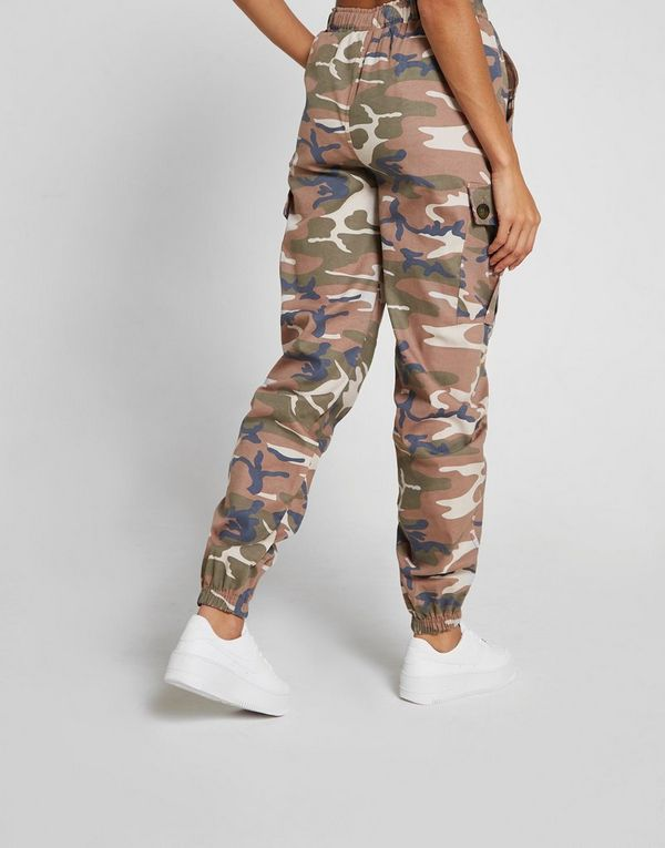 ee5ec6fac03 Supply & Demand Camo Cargo Pants Dame | JD Sports