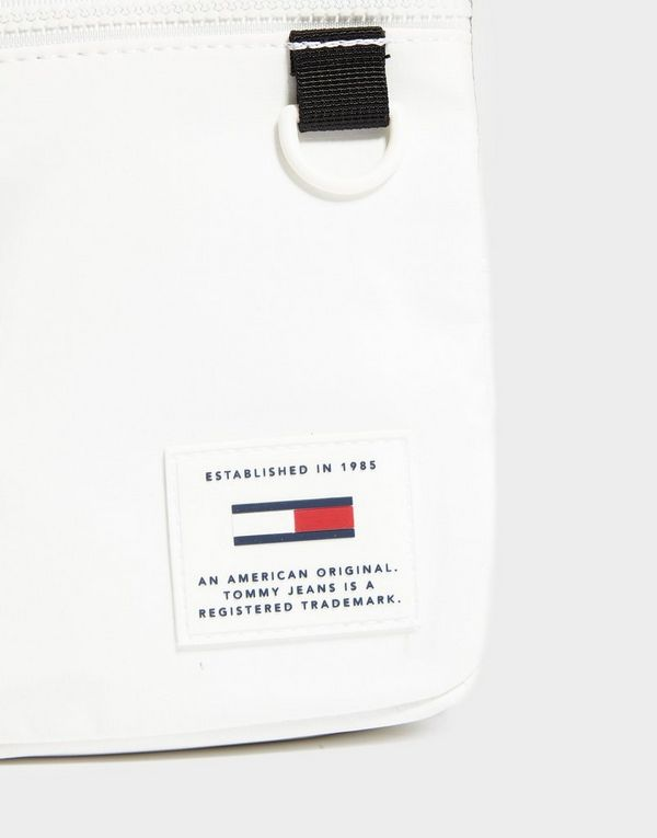30c6575b Tommy Jeans Reporter Bag | JD Sports