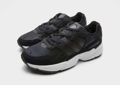 b289d216b340 MYR 470.00 MYR 330.00 adidas Originals Yung 96