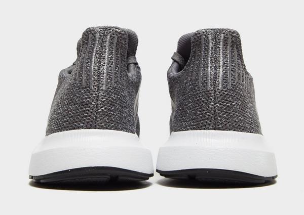 Acheter Grey adidas Originals Baskets Swift Run Homme | JD