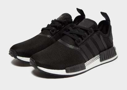 wholesale dealer 2d31d a20a9 1,300.00kr adidas Originals NMD R1 Herr. 1,500.00kr Nike Air ...