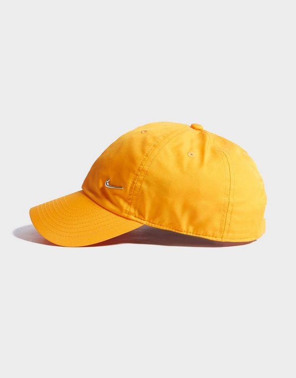 12613181 Nike Side Swoosh Cap | JD Sports