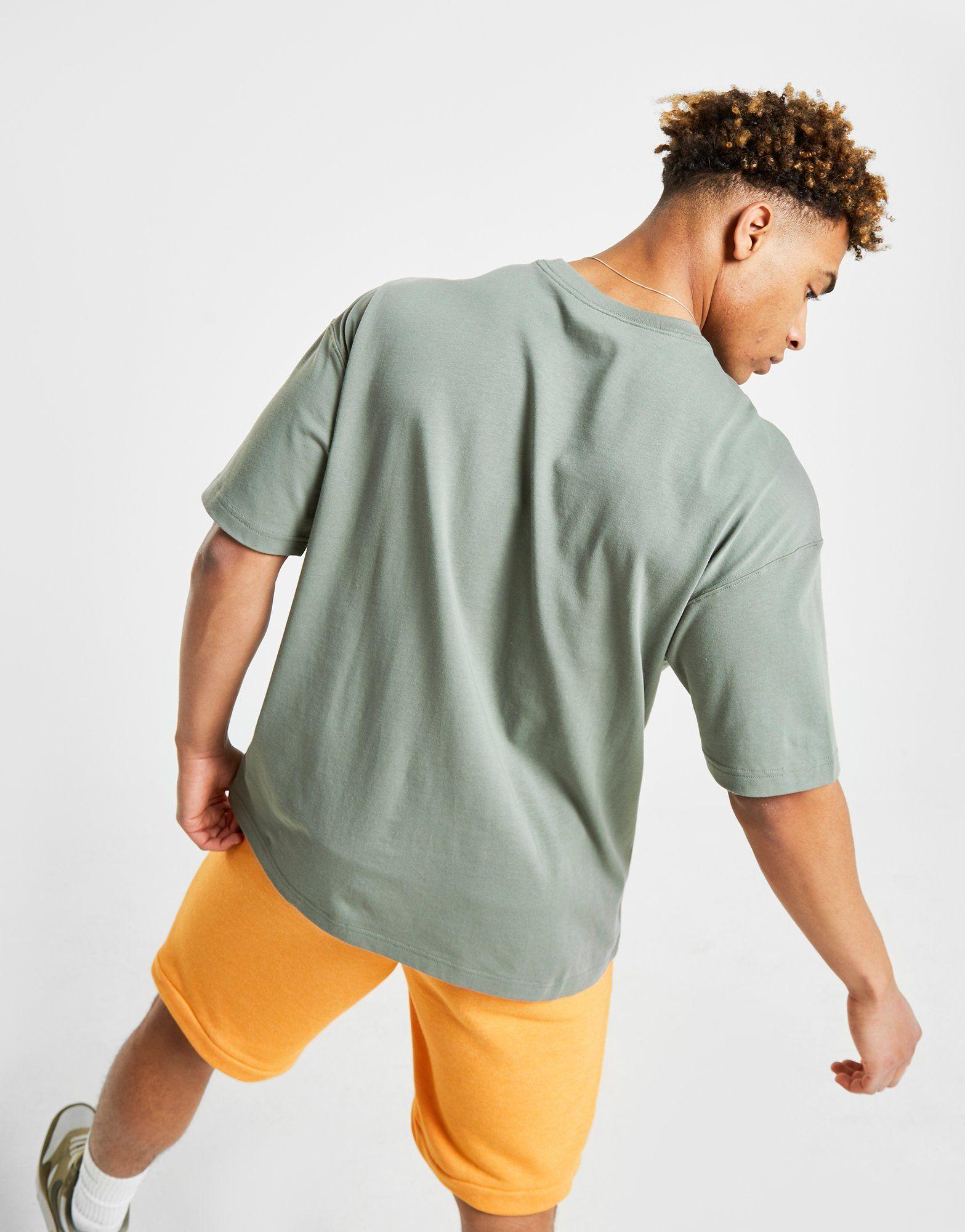 Nike Outline T-Shirt