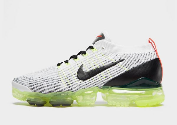 brand new 595ac cdc19 Nike Air VaporMax Flyknit 3 | JD Sports