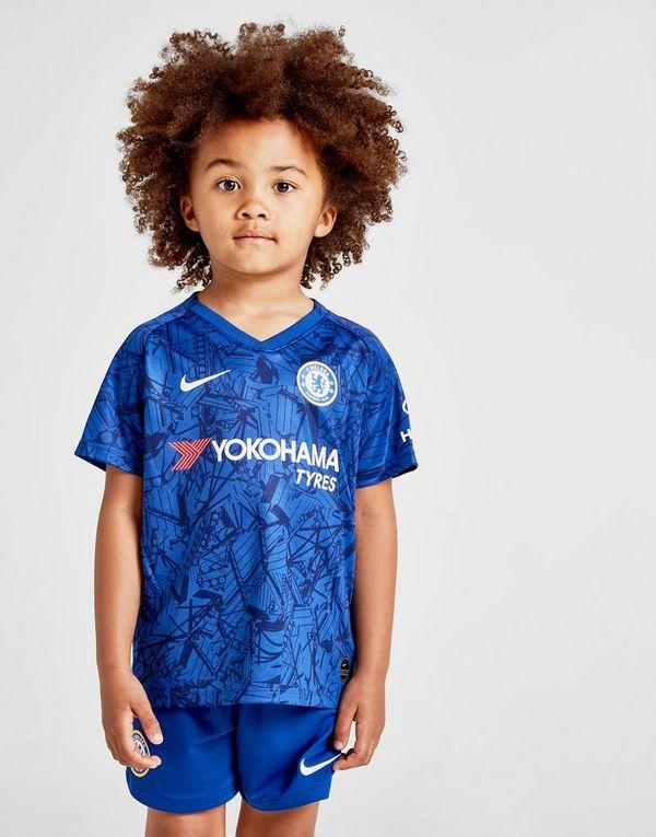 super popular a2599 33e25 Nike Chelsea FC 2019/20 Stadium Home Younger Kids' Football ...