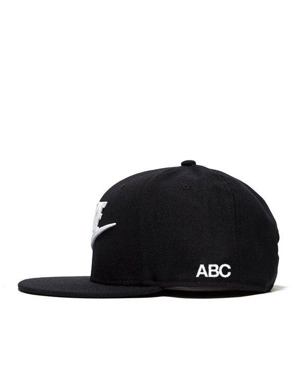 6815f84f6 Nike Tribute True Snapback Cap | JD Sports