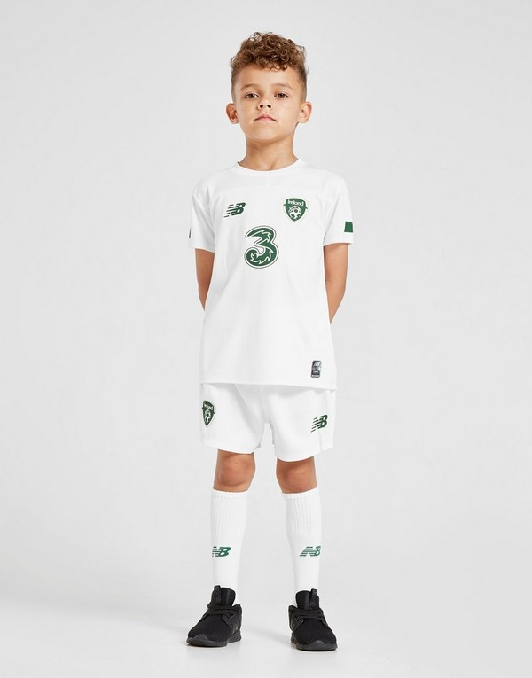 New Balance Republic of Ireland 2019/20 Away Kit Children