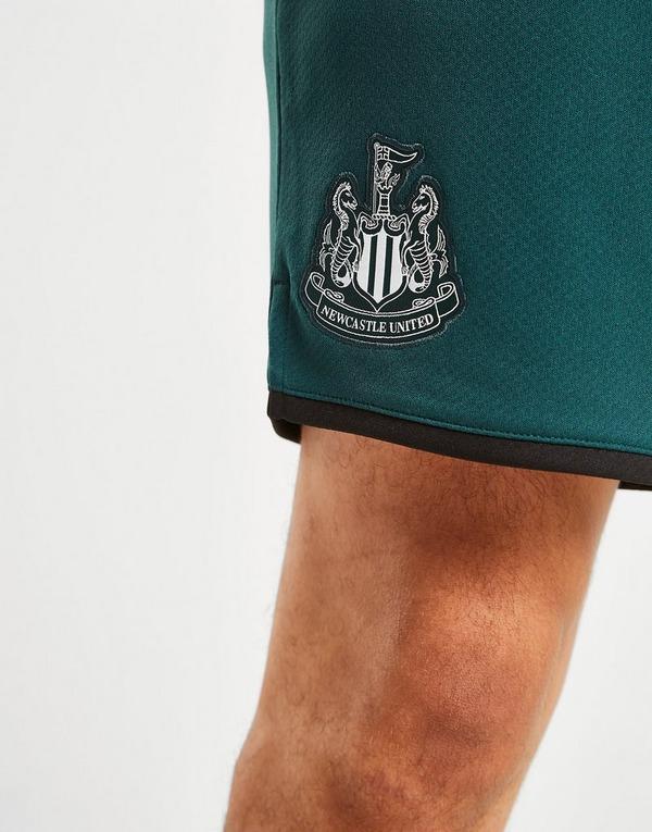 Acherter Vert PUMA Short Extérieur Newcastle United FC 2019