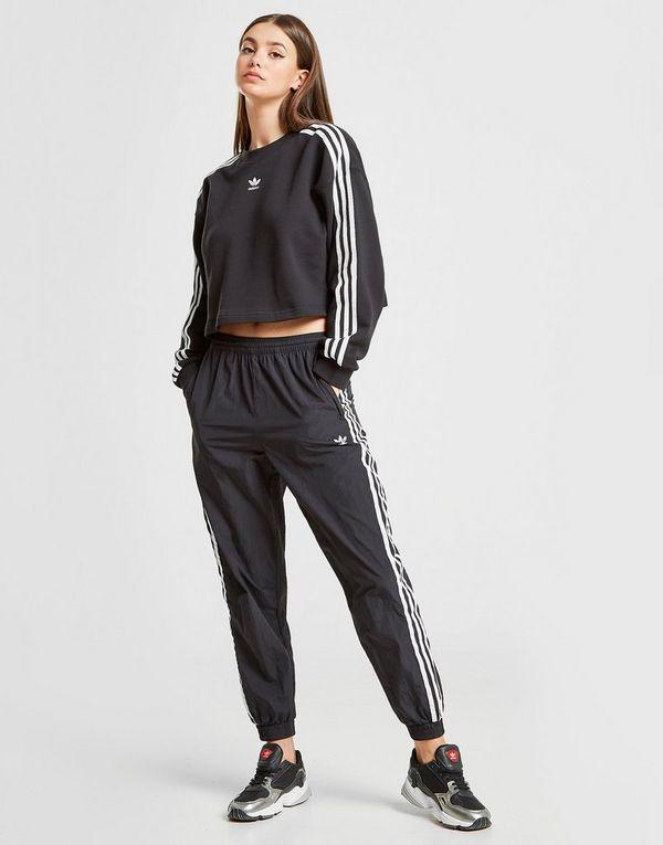 330cc3a3 adidas Originals 3-Stripes Crop Crew Sweatshirt | JD Sports