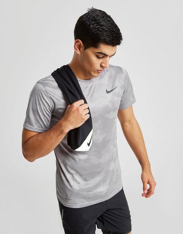 Nike Toalha Pequena Cooling