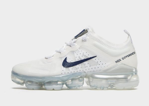 premium selection 5d3b7 77a65 Nike Nike Air VaporMax 2019 Unité Totale Women's Shoe | JD ...