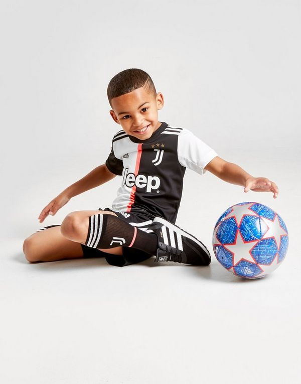 97e11a234ee1b adidas Juventus FC 19/20 Home Kit Children | JD Sports