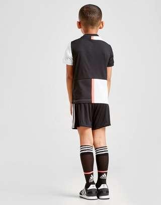 separation shoes e8de2 4f27e adidas Juventus FC 19/20 Home Kit Children | JD Sports