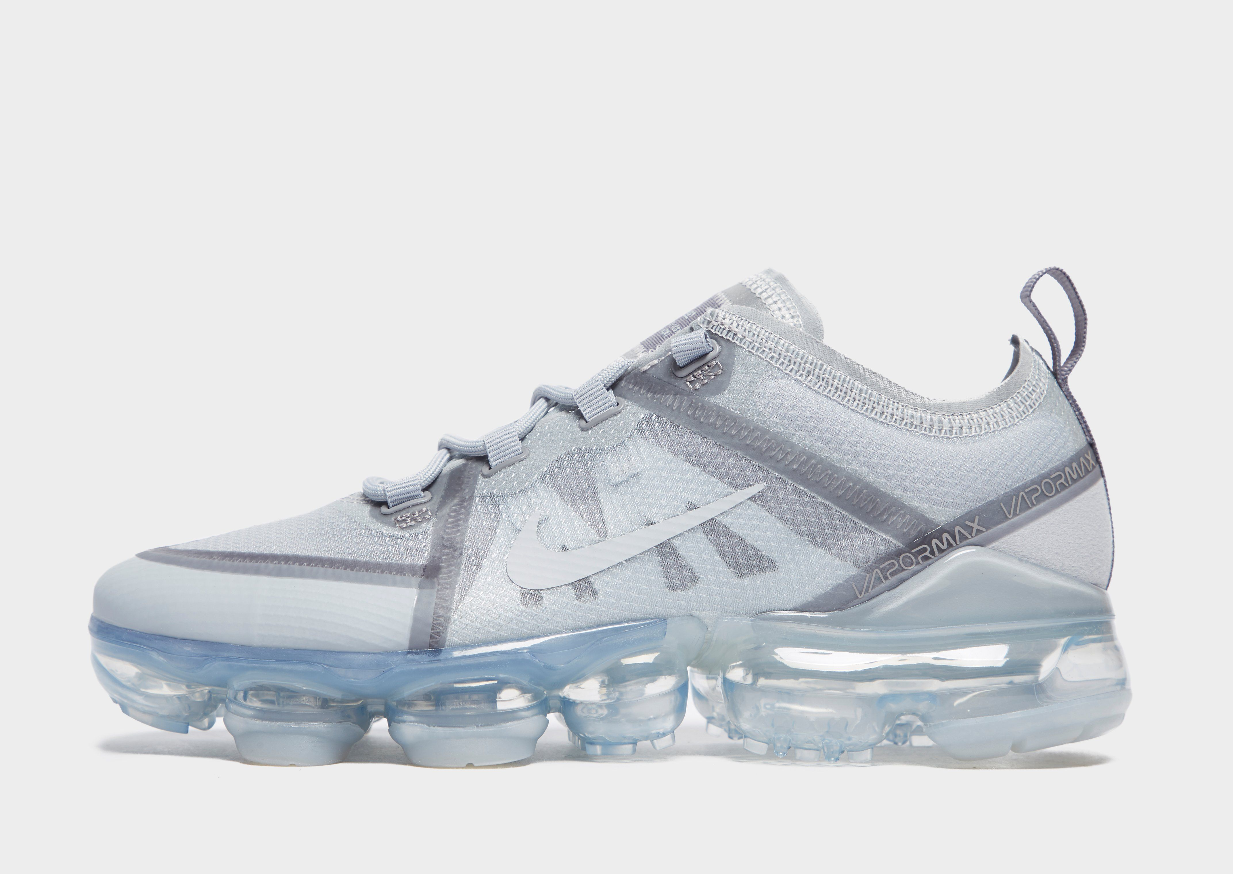 lowest price a8da9 bf322 Nike Air VaporMax 2019 Older Kids' Shoe | JD Sports