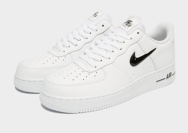Shoppa Nike Air Force 1 Essential Jewel Herr i en Vit färg