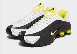 watch 81c98 f394c Nike Shox R4   JD Sports