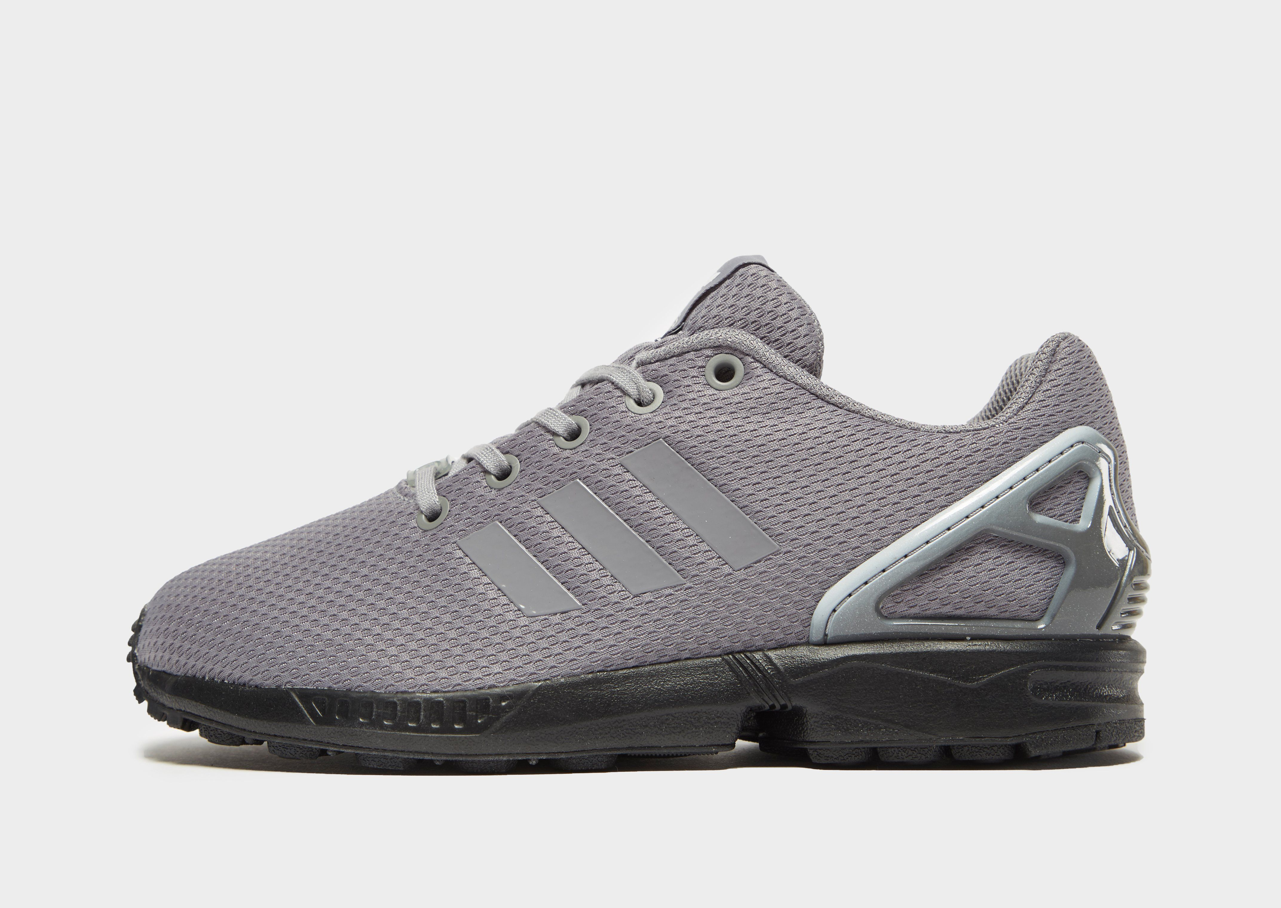 check out ecbd8 4fb97 adidas Originals ZX Flux Junior | JD Sports