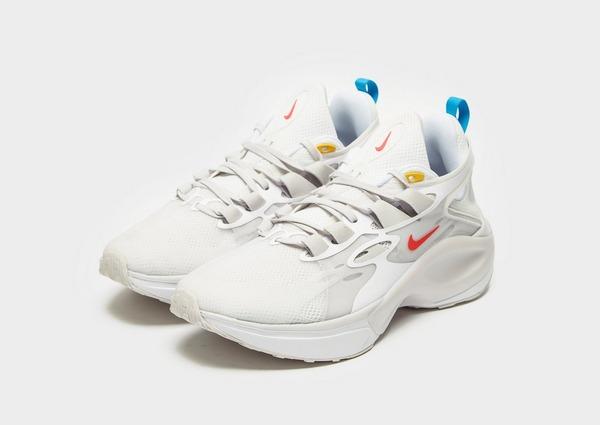 Acquista Nike Signal DMSX in Bianco | JD Sports