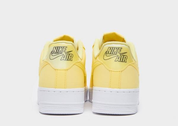 Koop Geel Nike Air Force 1 '07 LV8 Dames   JD Sports