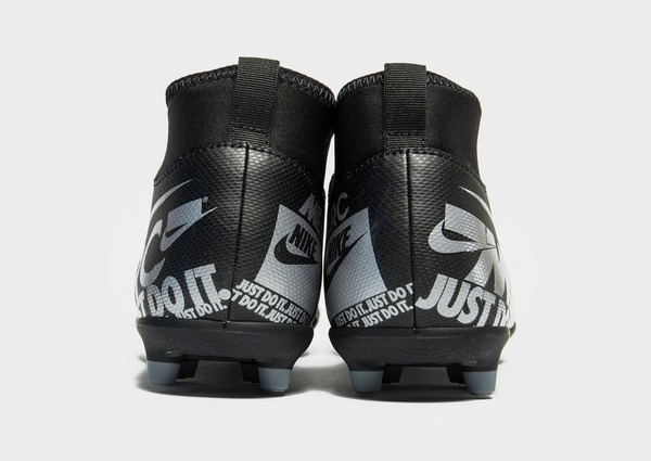 Compra Nike Under the Radar Mercurial Superfly Club MG para