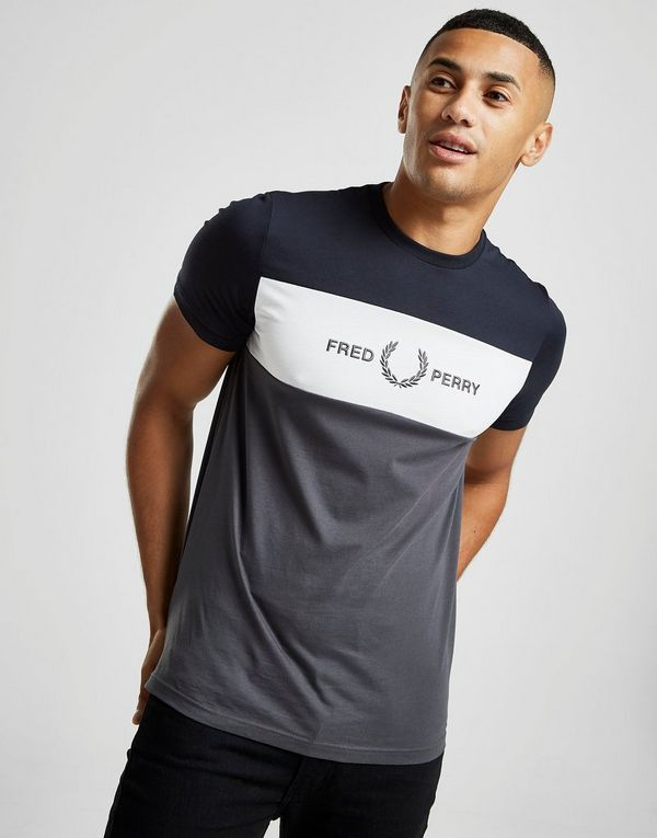 Fred Perry Central Logo Colour Block T-Shirt
