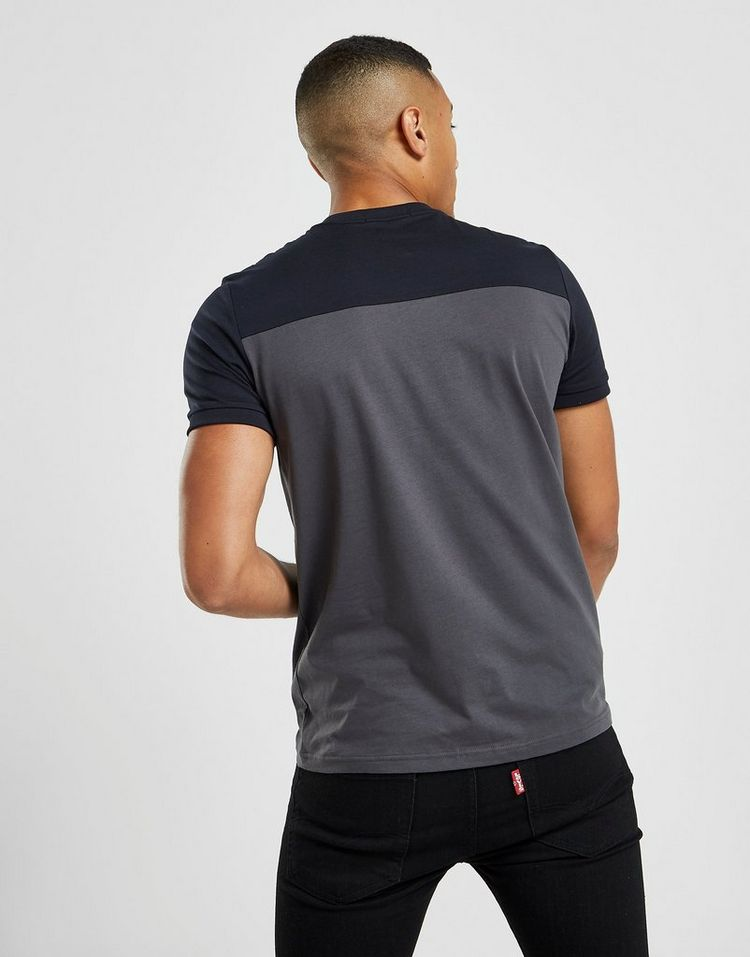Fred Perry camiseta Central Logo Colour Block