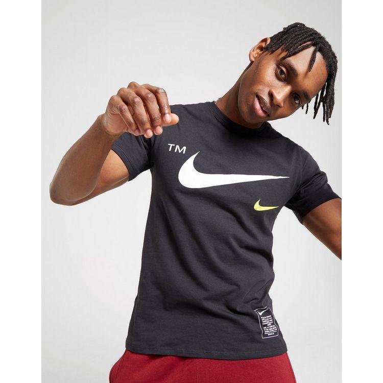 Nike camiseta Overbranded