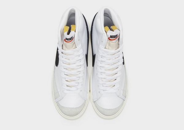 Shop den Nike Blazer Mid '77 Vintage Damen in Weiss | JD Sports