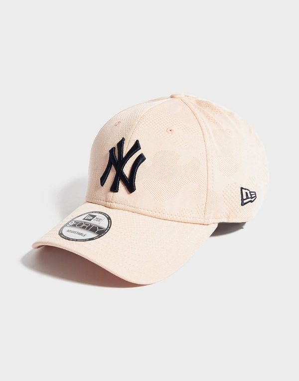 7eeb8b73 New Era MLB New York Yankees 9FORTY Engineered Cap   JD Sports