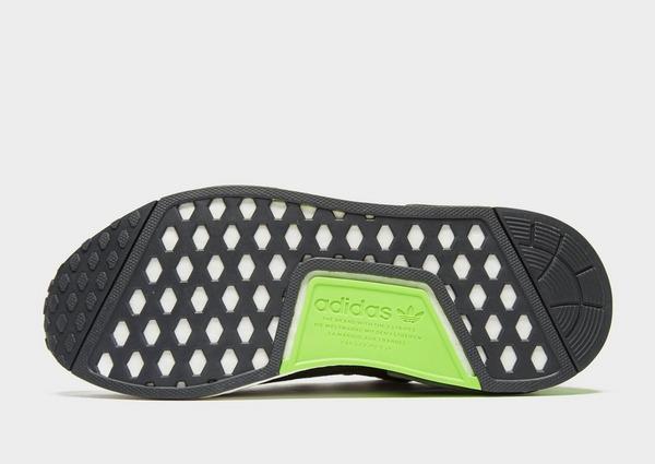 Shoppa adidas Originals x Star Wars NMD_R1 Herr i en Grön