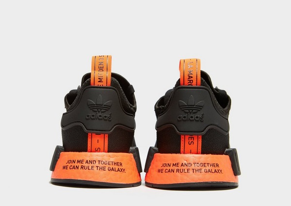 Acquista adidas Originals x Star Wars NMD_R1 in Nero | JD Sports