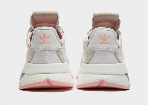Shoppa adidas Originals Nite Jogger Dam i en Vit färg | JD