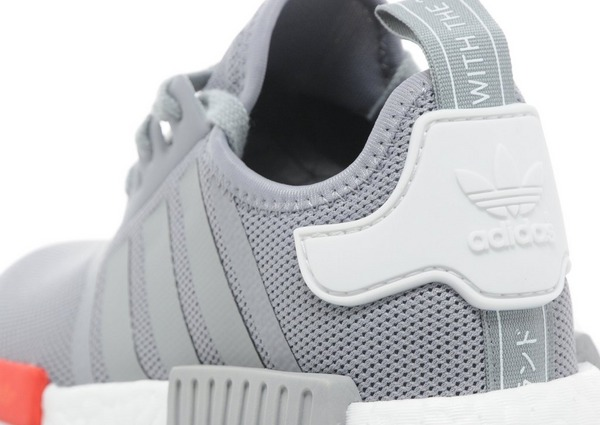 Shoppa adidas Originals NMD Runner Junior i en Grå färg | JD