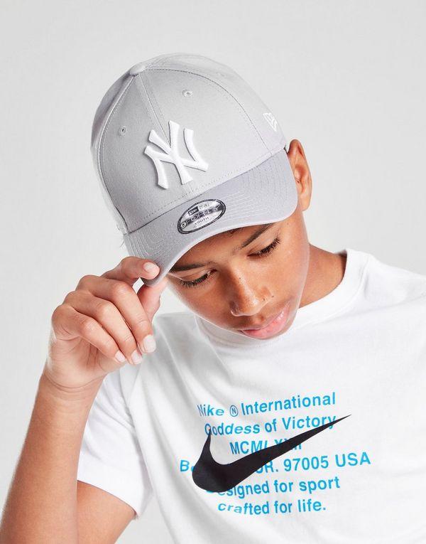c0e441b67ce New Era MLB 9FORTY New York Yankees Cap Junior