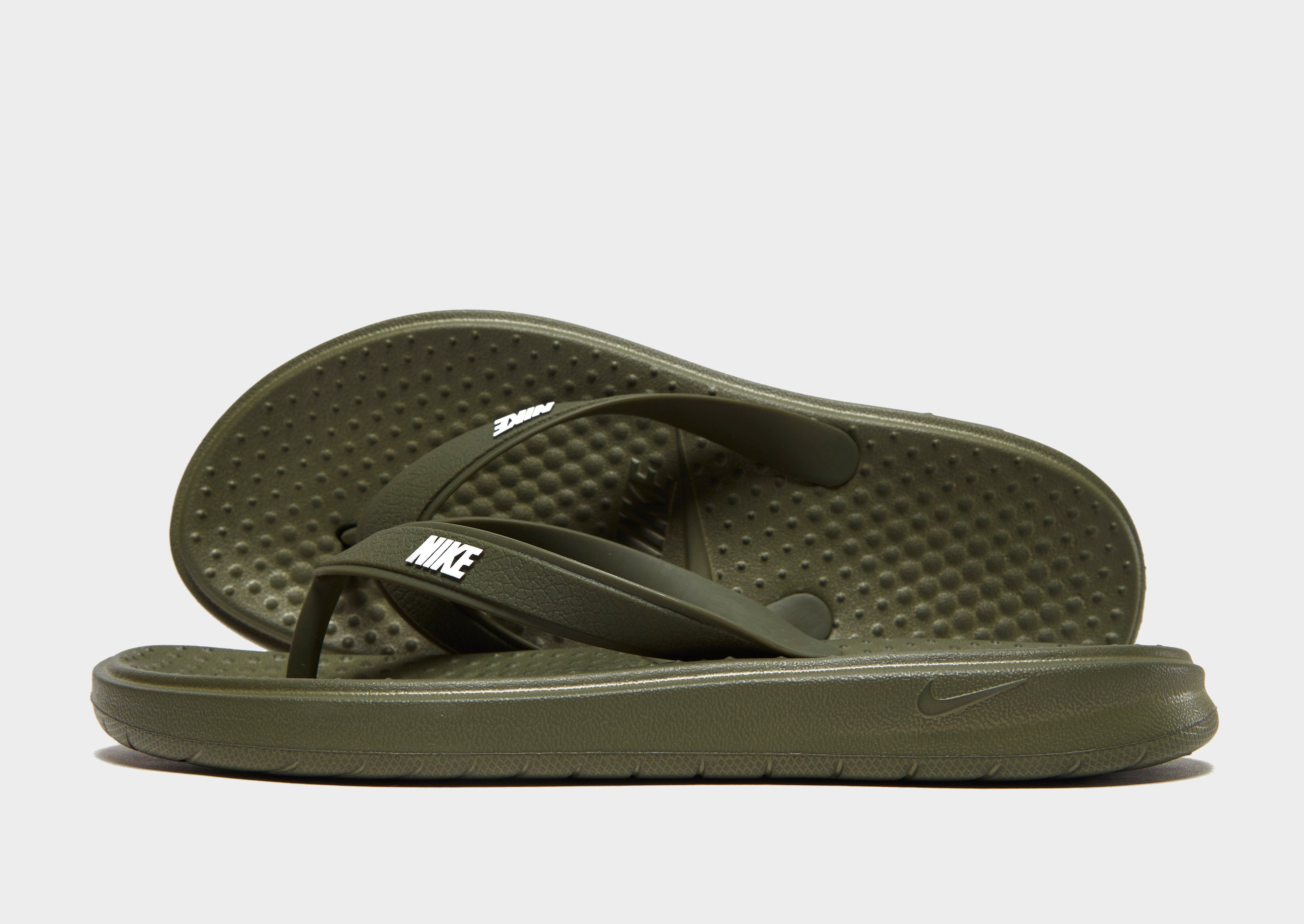 detailed look f1b81 049c8 Nike Solay Flip Flops   JD Sports