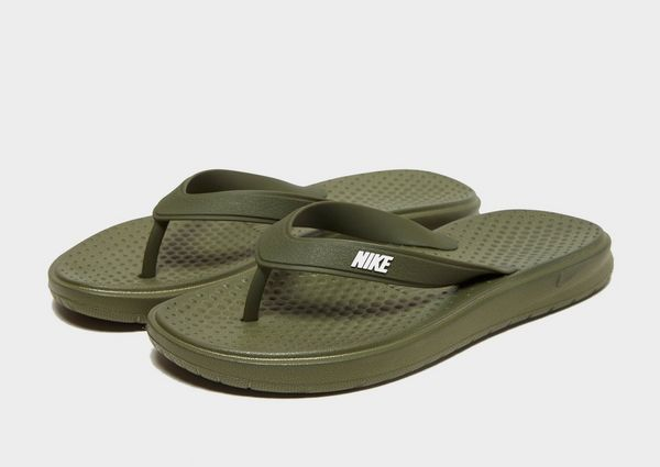 f5686143aed4 Nike Solay Flip Flops