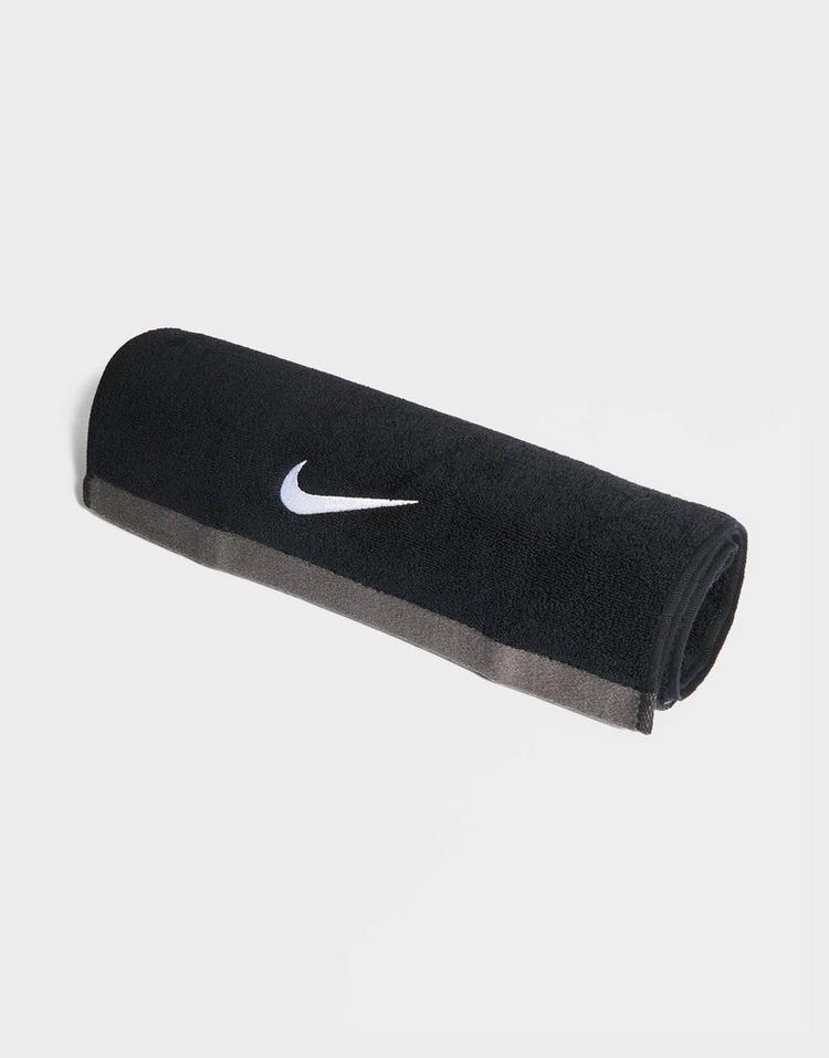 Nike Medium Fundamental Towel