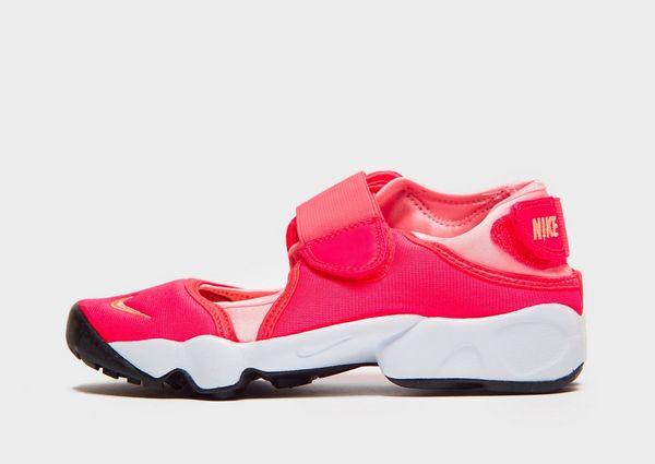 uk availability 4fd85 cc40a Nike Rift Barn   JD Sports Sverige