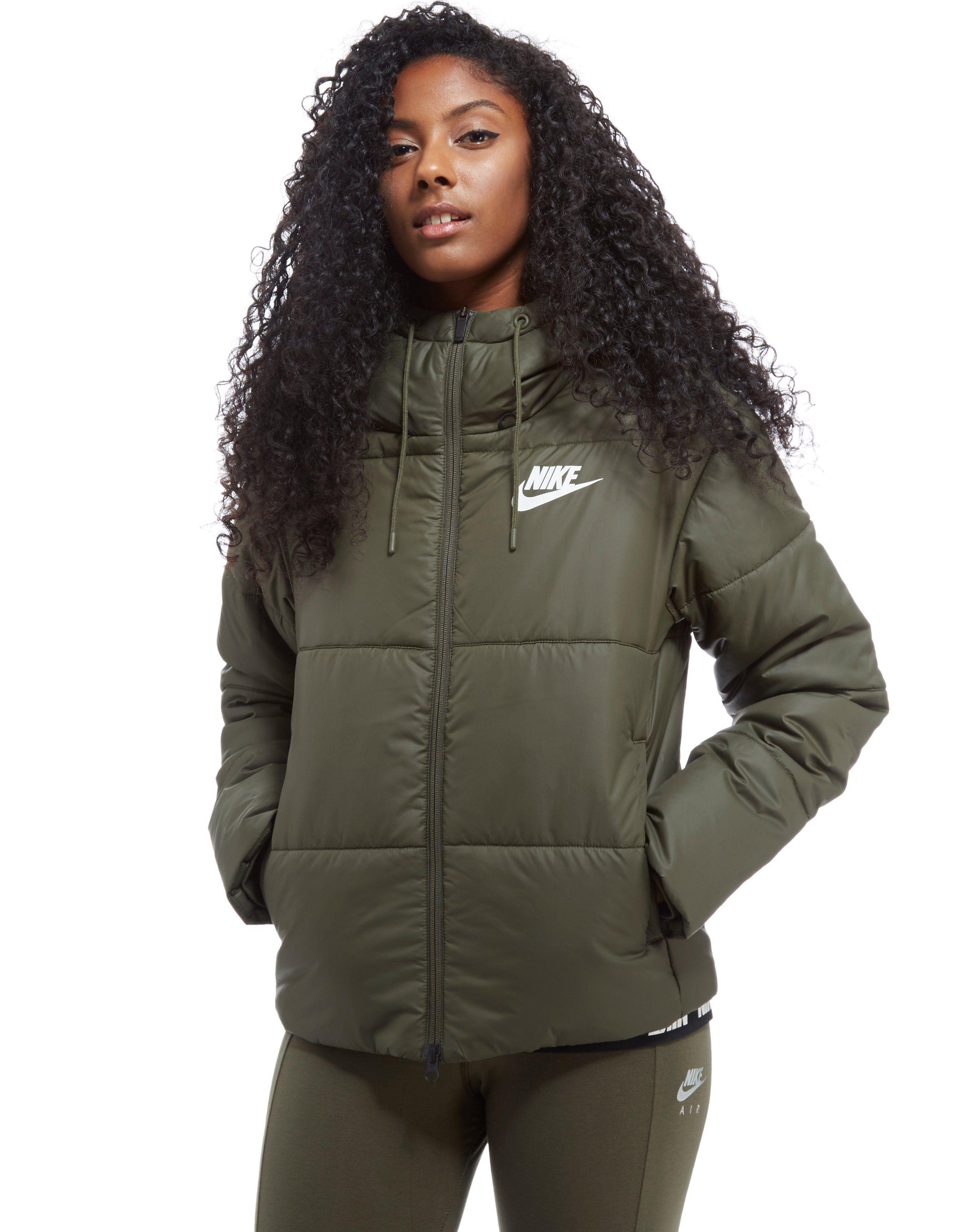 the latest 6c136 75907 Nike Padded Jacket