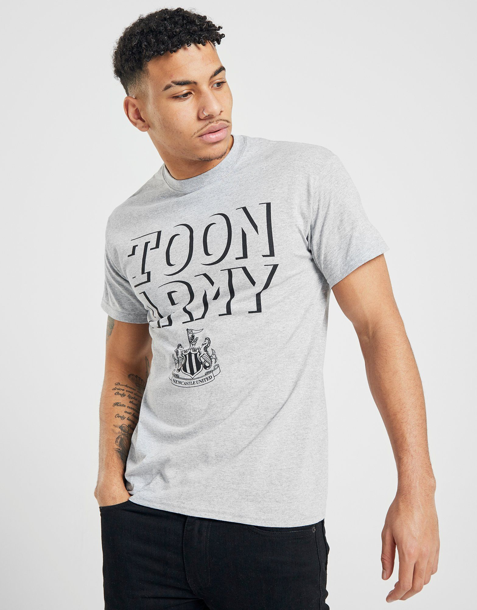 Official Team Newcastle United 2017 Toon Army T-Shirt