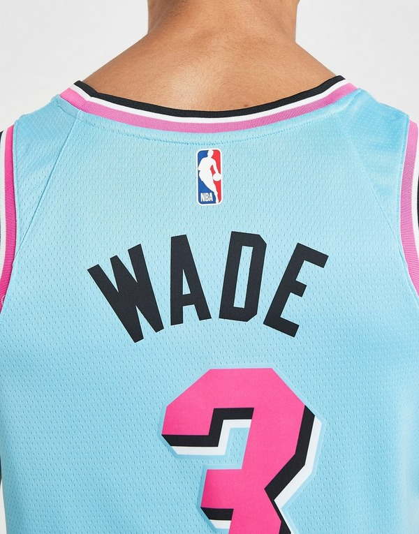 Nike NBA Miami Heat Wade #3 Swingman Jersey